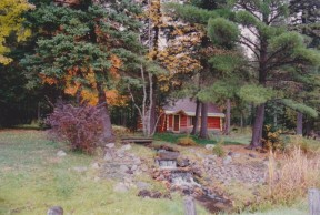 cropped-cabin-fall.jpg